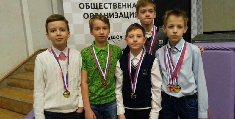 Воспитанники СШОР №9 блестяще выступили на первенствах России по русским шашкам