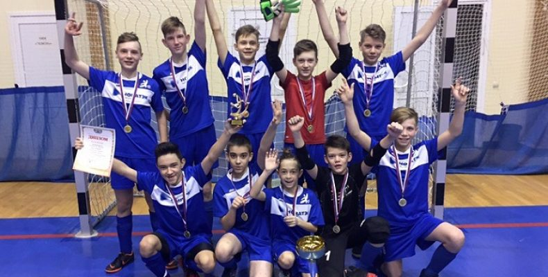 Футболисты 108 и 116 школ Челябинска стали лучшими в Тюмени