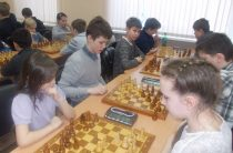 «Белая ладья» подарила победу 96 гимназии Челябинска