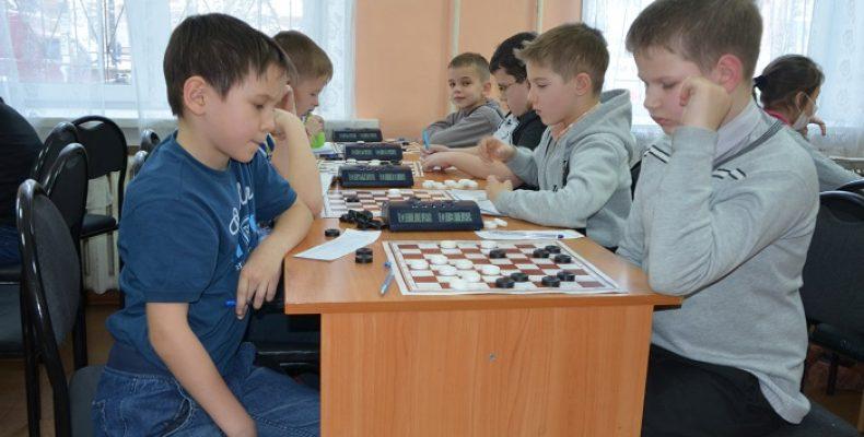 Итоги классической программы первенства УрФО по шашкам