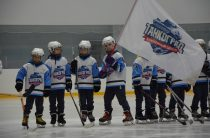 Танкоград-2010 завоевал кубок Международного турнира по хоккею с шайбой (г.Новотроицк)